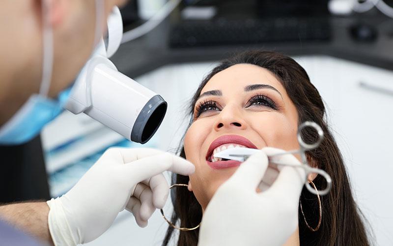 Dental Veneers - Aesthetic Dental and Denture Clinic